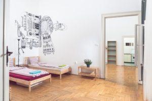 Spacious Bedrooms - Standard 4 Bed Mixed Dorm Ensuite