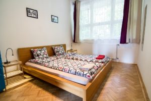 Private room with double bed and private bathroom - Standard Double Room Ensuite