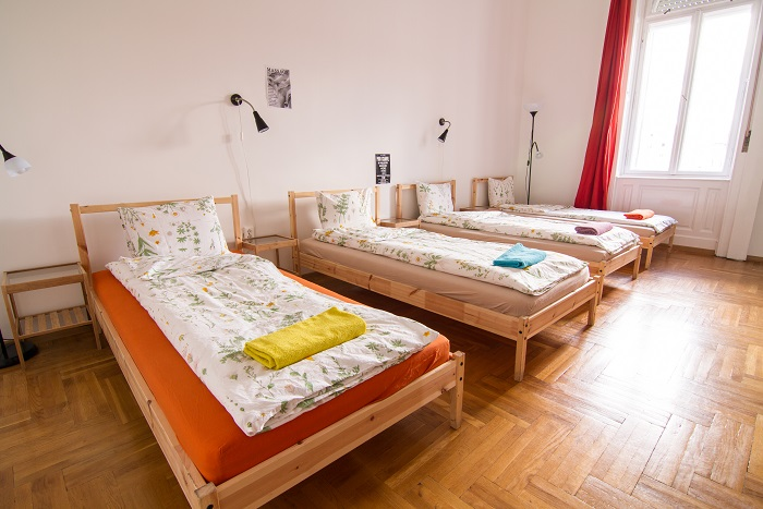 Room for 4 persons with private bathroom - Standard Quadruple Room Ensuite