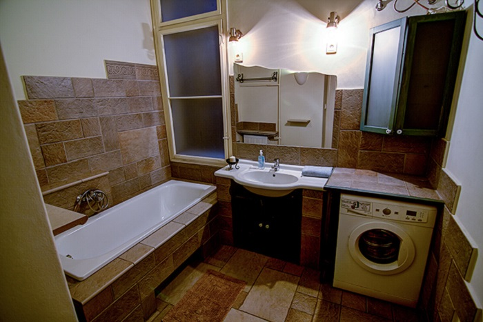 Bathroom - Superior 4 Bed Apartment Ensuite